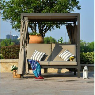 Bungalow Rose Brennon Cube Patio Daybed med kuddar |  Wayfair.