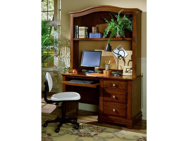 Vaughan-Bassett Furniture Company Youth Computer Desk - 3 lådor.